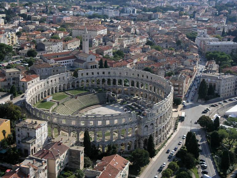 Pula - římský amfiteatr