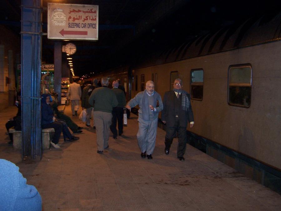 Káhira - vlakové nádraží